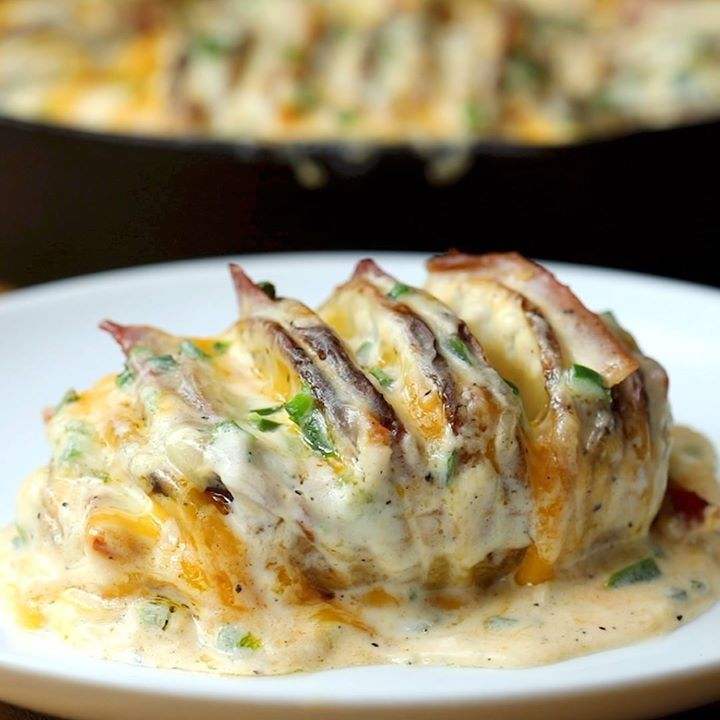 Jalapeño Popper Hasselback Potatoes