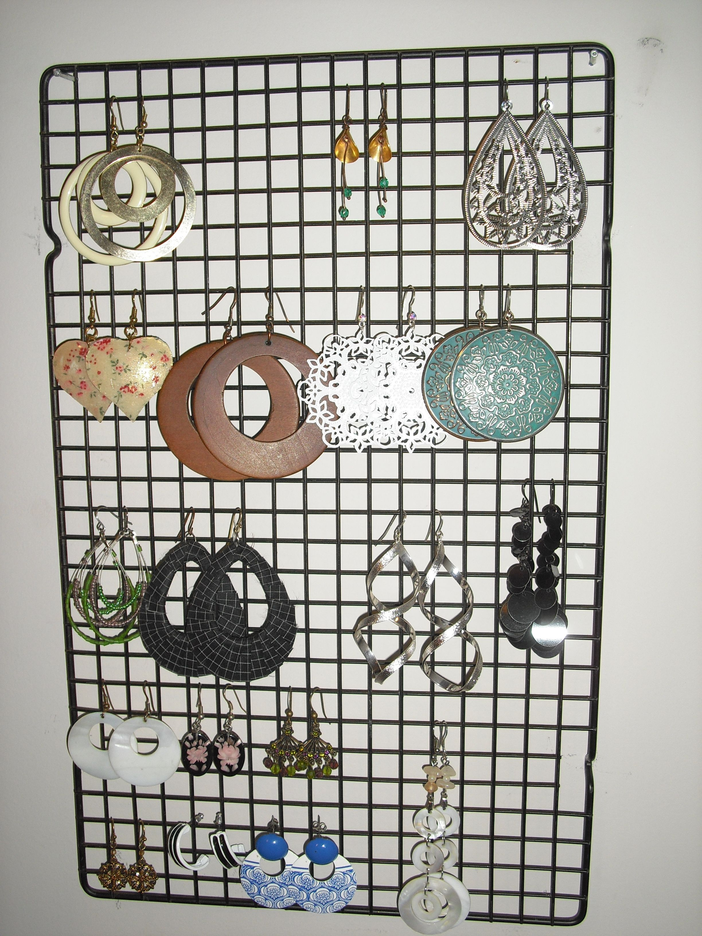 Creative Earring Holder LOVE Pinterest