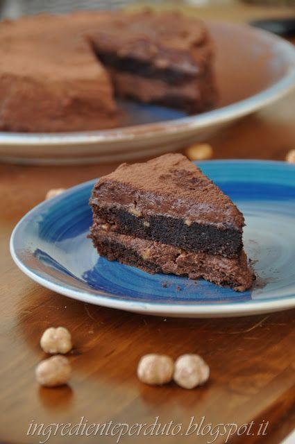 L'ingrediente perduto: Torta al cioccolato nocciole e meringa
