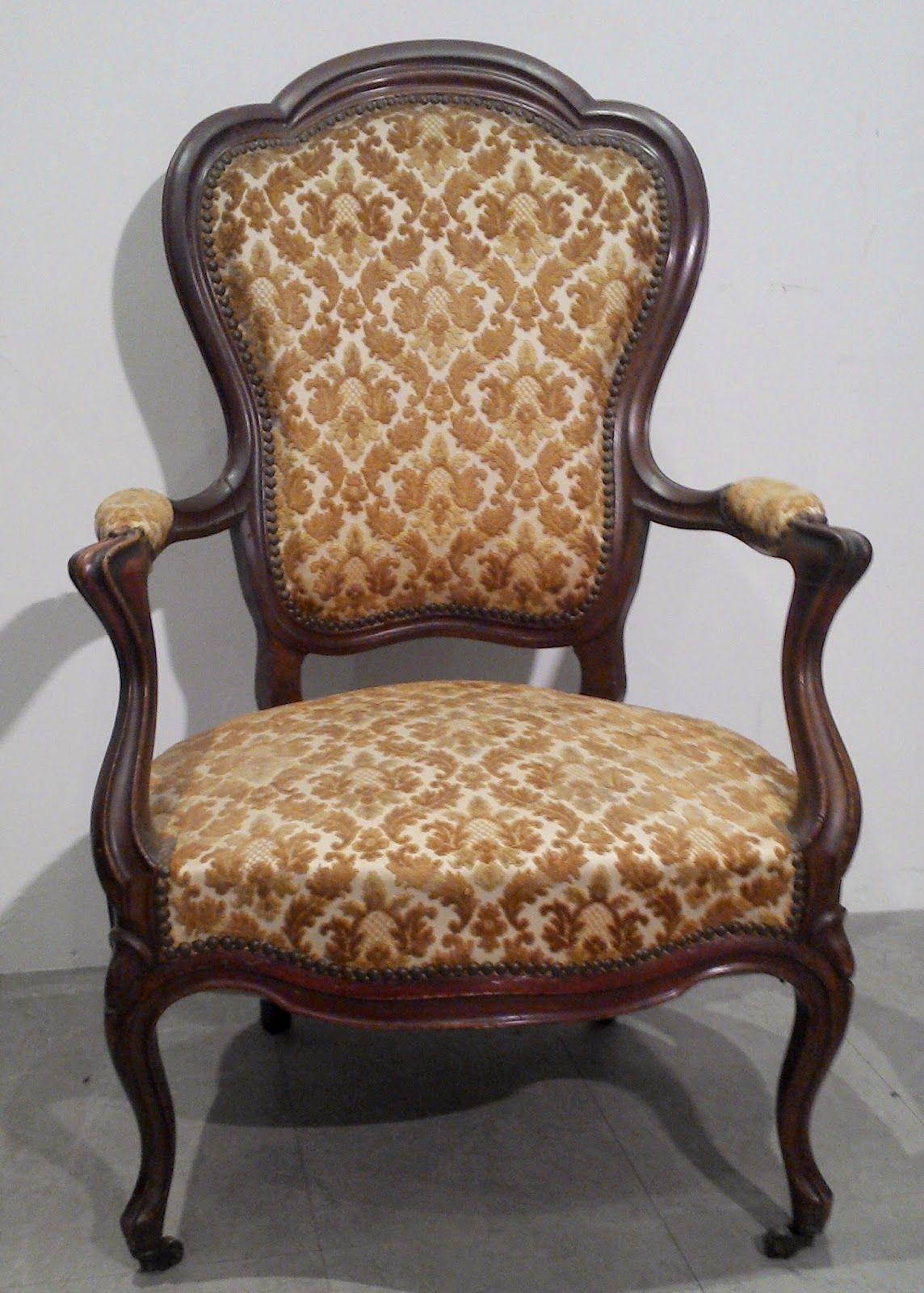 didoulabrocante fauteuil louis philippe en noyer d 39 poque de style louis xv si ge bois sculpt. Black Bedroom Furniture Sets. Home Design Ideas