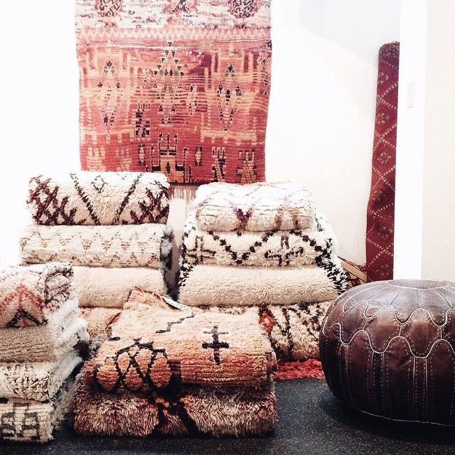 Rug piles. Each region tells a story and @katandmaouche can tell you all about it.  (at Kat + Maouche)