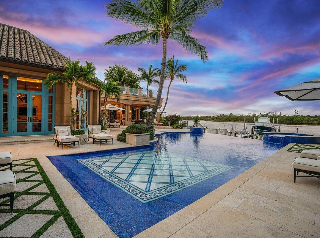 2bc19ed89927d9f46a68f6cb100aeaaf - Sanctuary Cove Palm Beach Gardens Florida