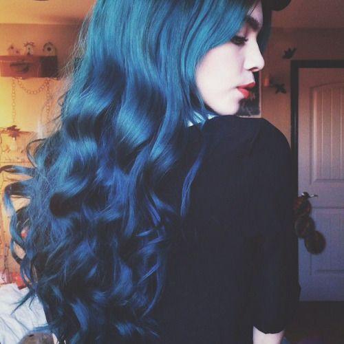 Hair Popular Cute Cute Girl Long Hair Curly Hair Colored Hair Dyed Hair Hairstyle Blue Hair Pale Hair Blog Cute Hairstyl Hair Styles Long Hair Styles Blue Hair
