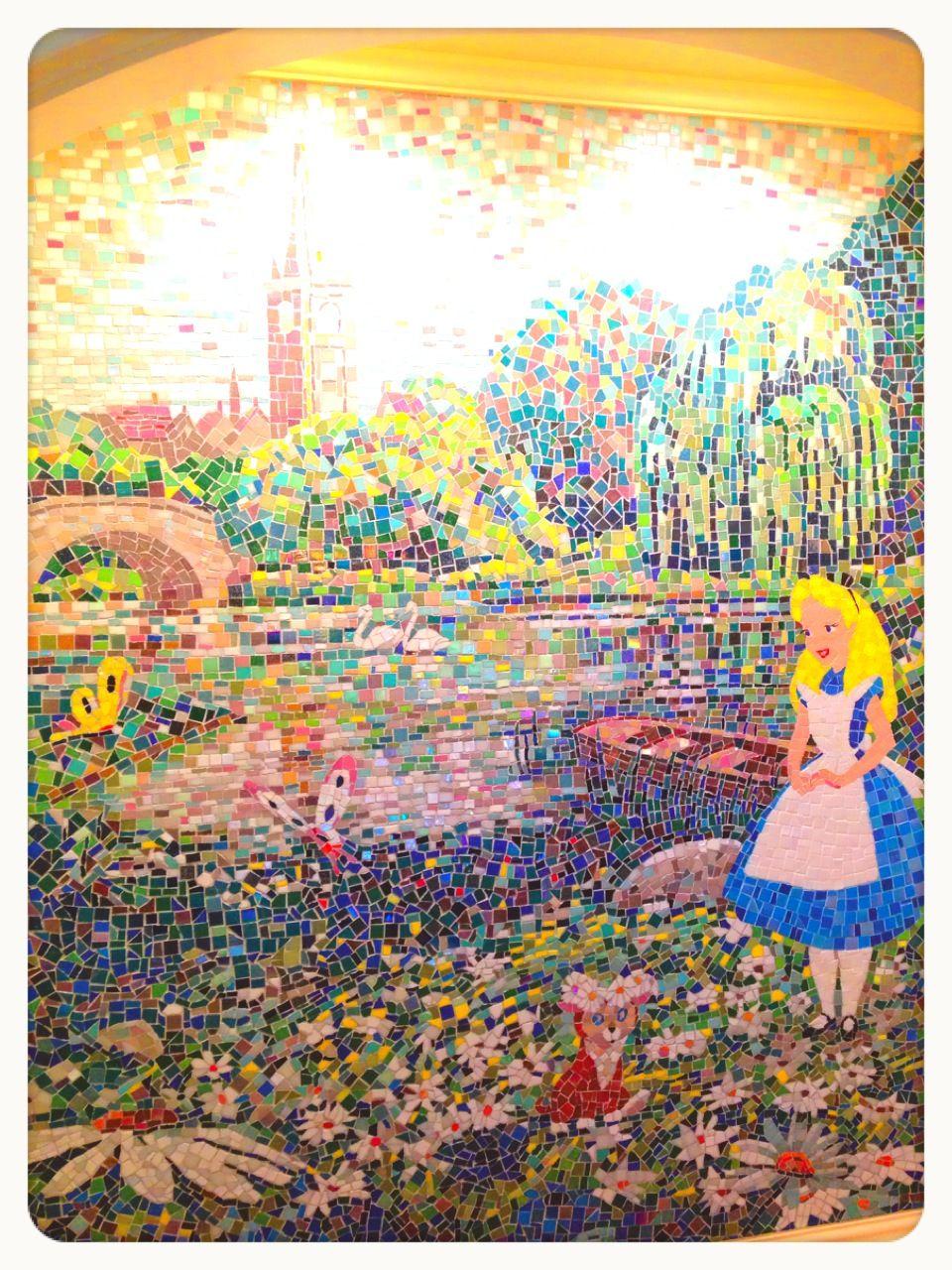 Alice mosaic at Tokyodisneyland Hotel