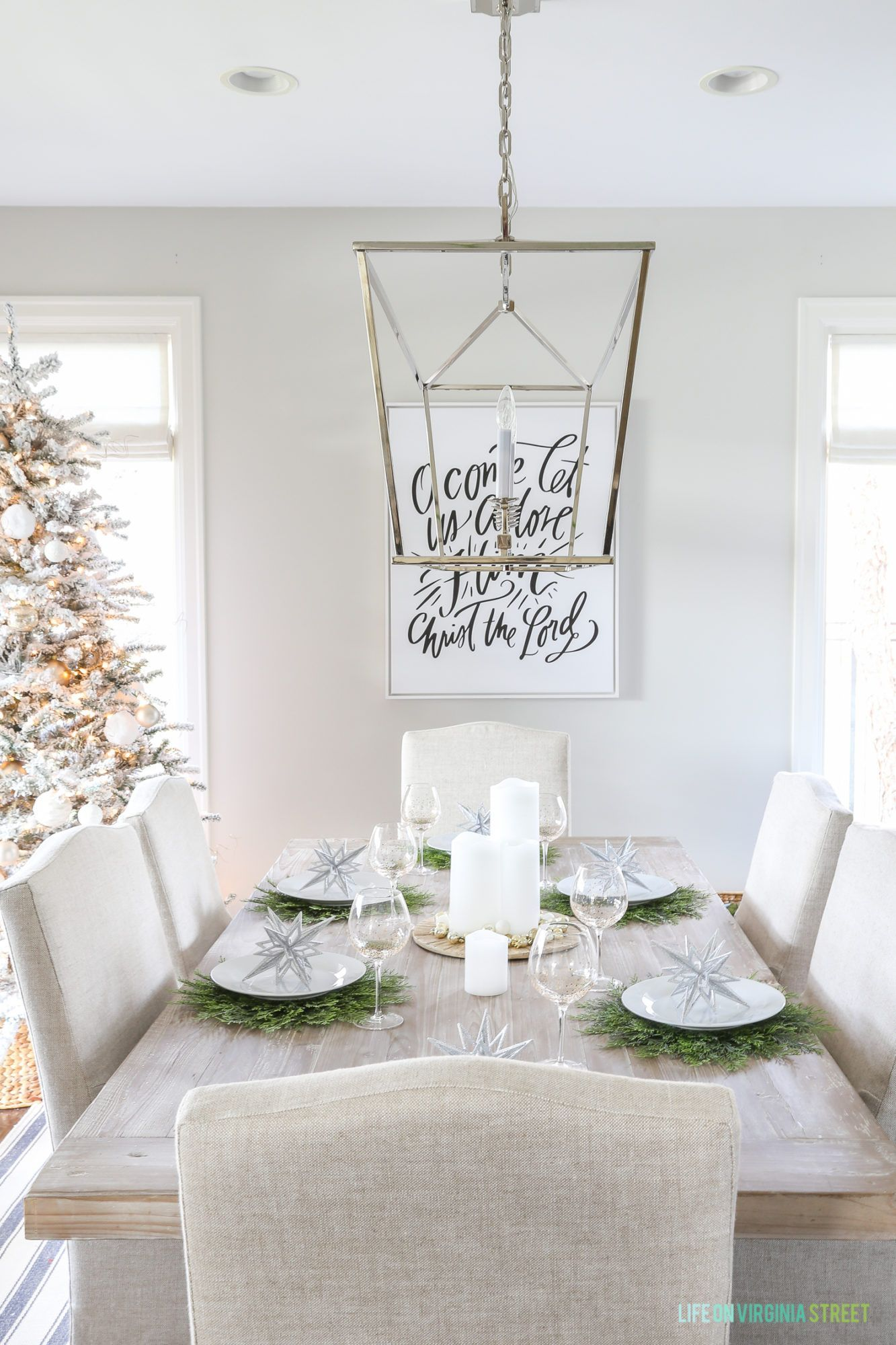 This Dining Room Wall Decor Gives a Whole New Meaning to Family Tree ...