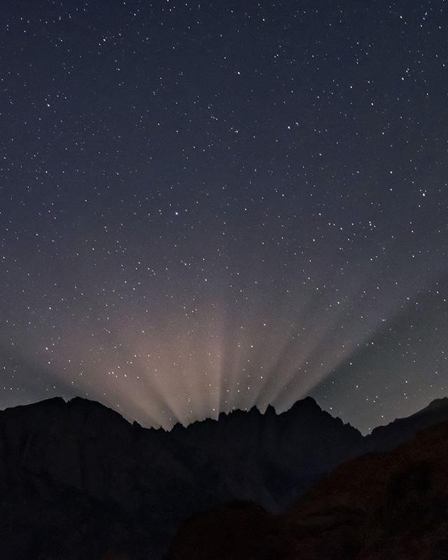 Pin Pa Hummel Zwischen Den Sternen