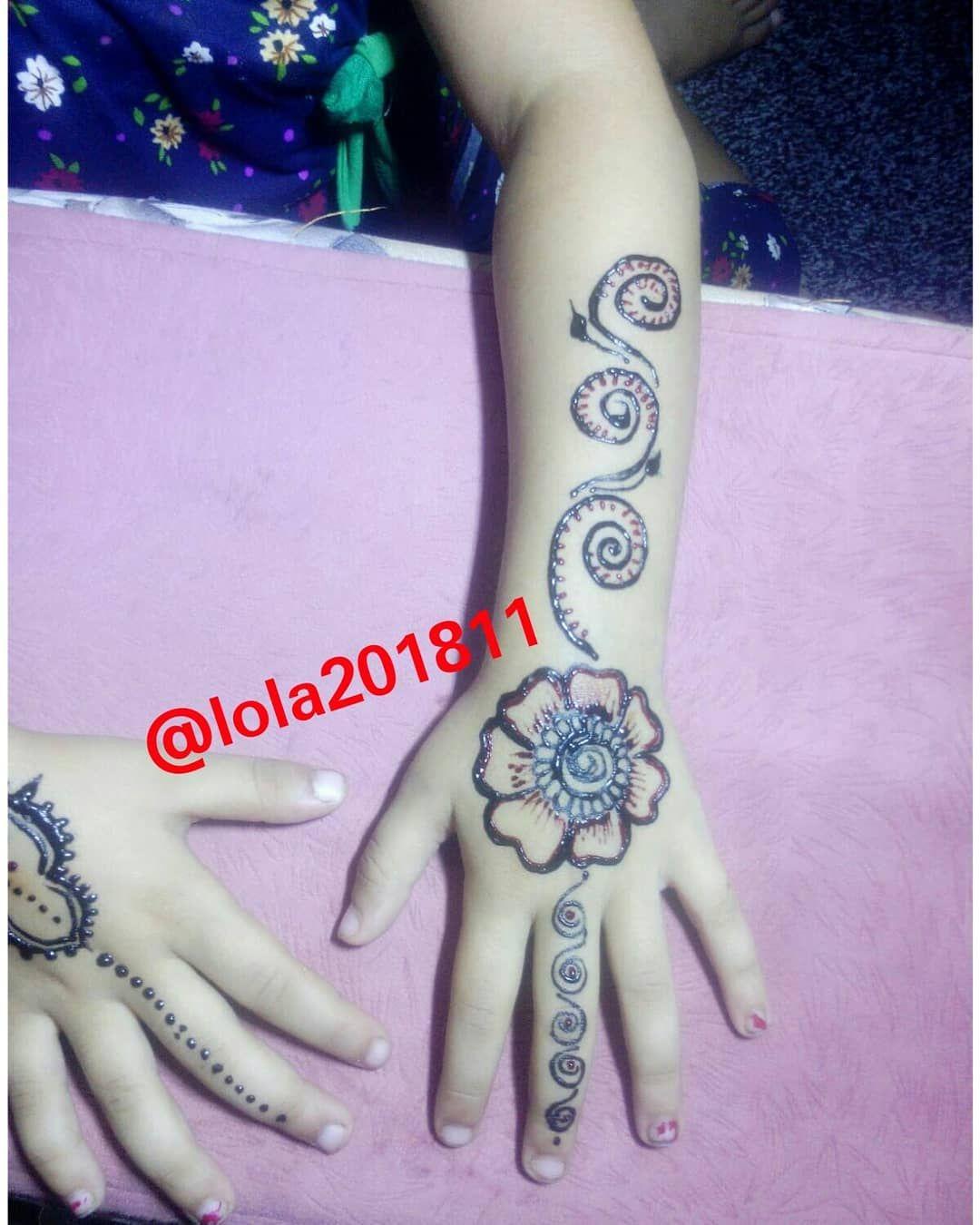 Flowers Pigments Henna Hennatattoo Hennadesign Henna Art Henna Palestine Free Rafah Brown حنا فنون اخضر Hand Henna Henna Hand Tattoo Hand Tattoos