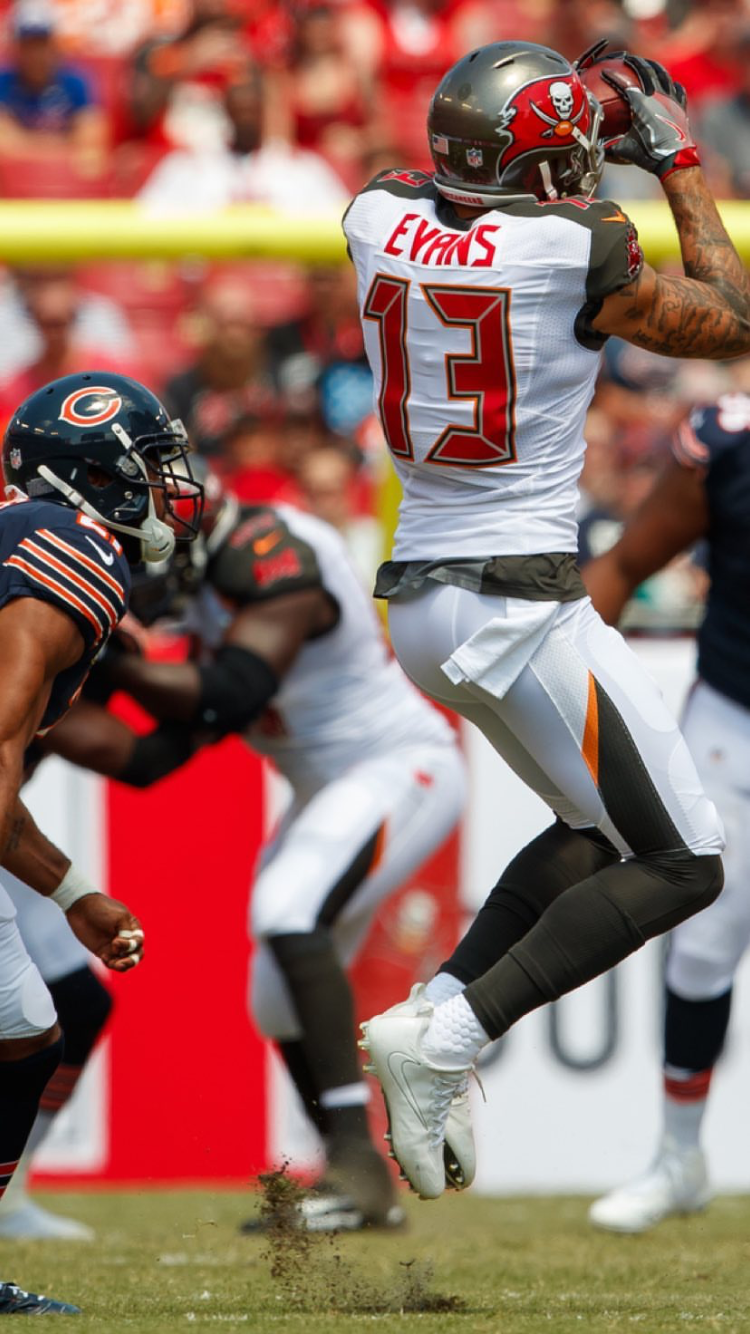 Bucs Vs Bears With Images Tampa Bay Bucs Tampa Bay Buccaneers Tampa Bay