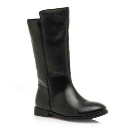 c9b9fbff06d Botas de piel negra de Mustang para niñas