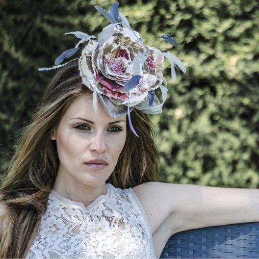 #Tocado en tela cretona inglesa de flores. Disponible otros estampados y colores.  gloriavelazquez.com