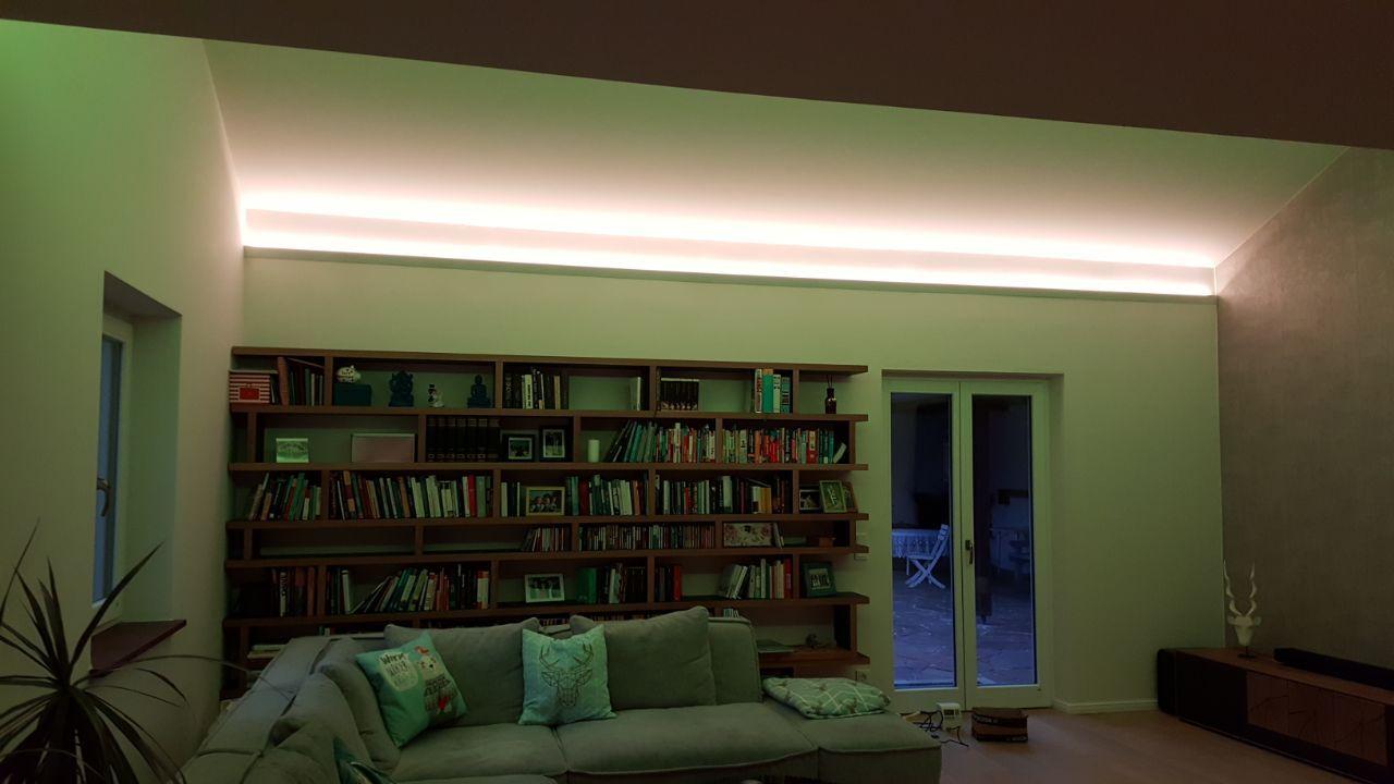 Indirekte Led Strip Beleuchtung Im Wohnzimmer Haus Indirekte Beleuchtung Wohnen