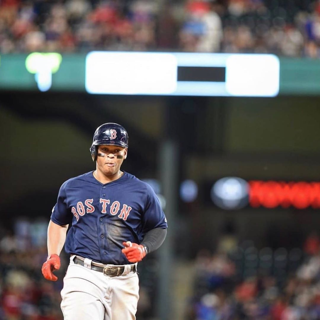 Peloterosmlb Carita Rafael Devers Es El Jugador De Los Red Sox Con Mas Extrabases En Una Temporada An Boston Red Sox Red Sox Mlb American League
