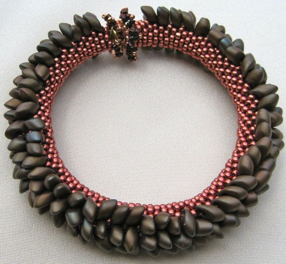 Bead Crochet Bracelet Pattern: Spikes Number 1 (Variations A and B ...
