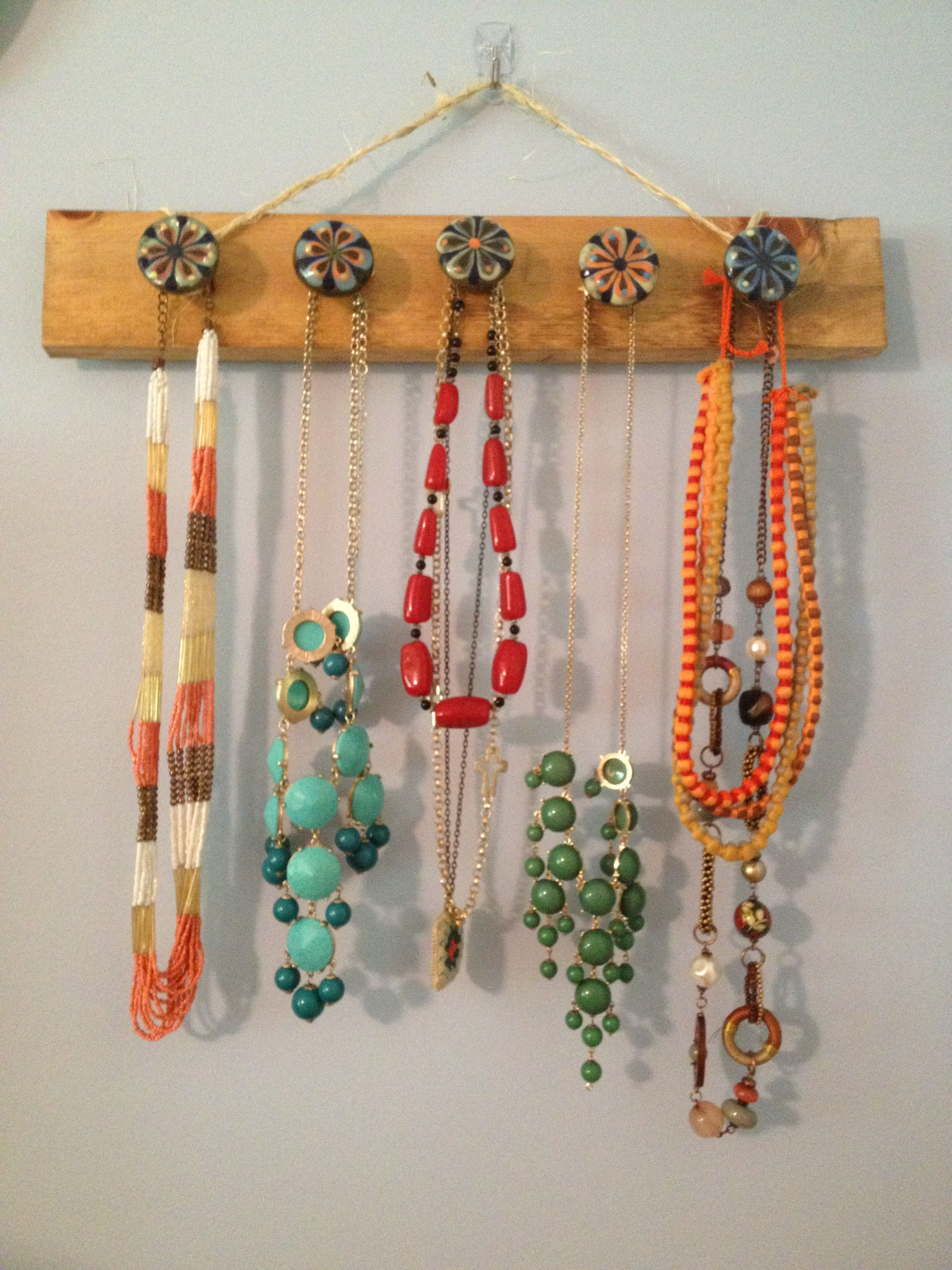 Diy Necklace Hanger With Images Craft Display