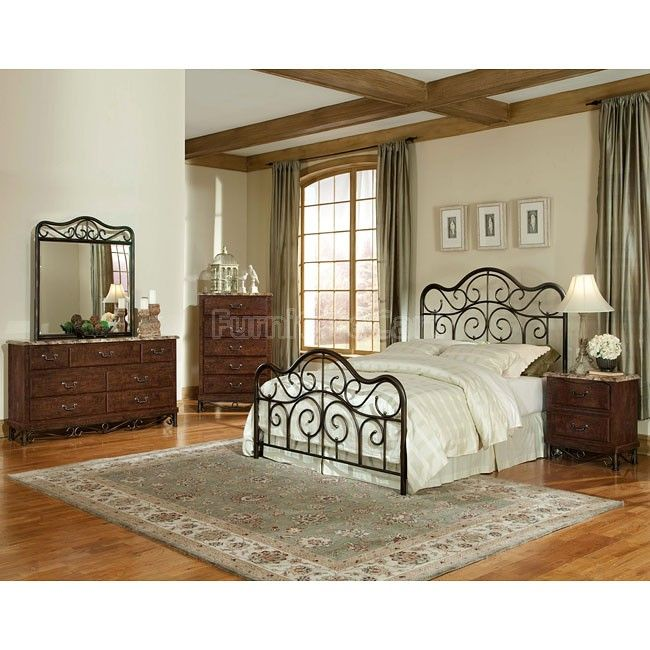 Santa Cruz Metal Bed Bedroom Set