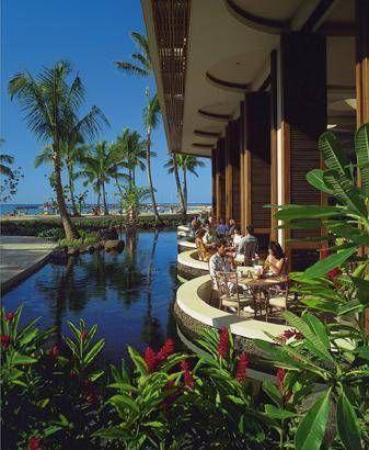 Hilton Hawaiian Village Waikiki Hawaii The Rainbow Lanai Breakfast Restaurant It Was One Of My Favourite Spots At Hhv