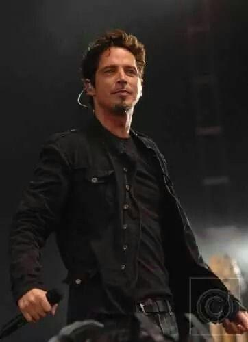 Pin On Chris Cornell