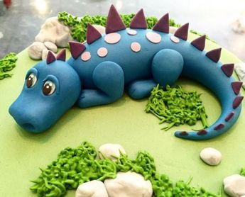 Simple Dinosaur Cake #dinosaur