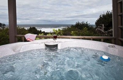 Big Ocean View With Covered Patio Hot Tub Quiet Secluded Lincoln City Lincoln City Beach Rentals City Vacation