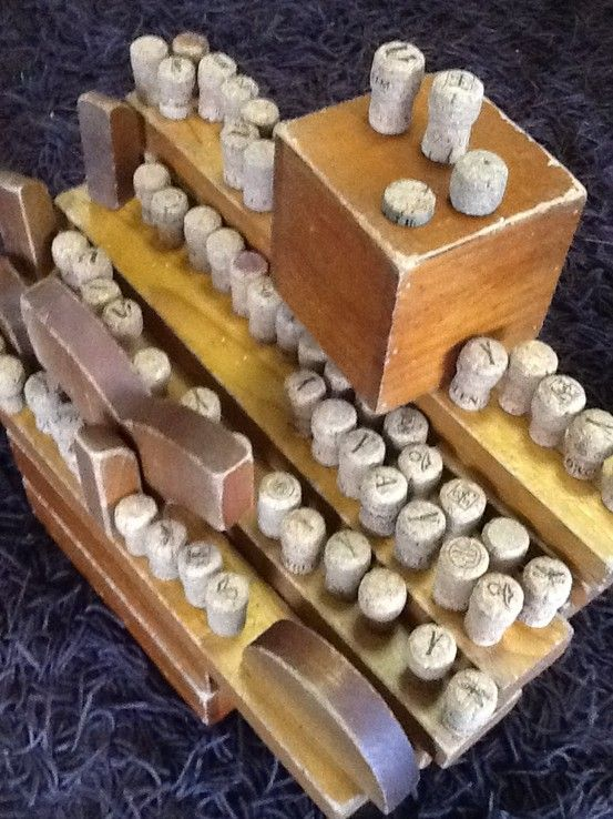 Corks are a wonderful addition to block play. Gloucestershire Resource Centre http://www.grcltd.org/scrapstore/