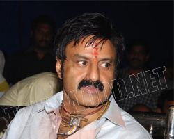 Balayya apologies on his comments