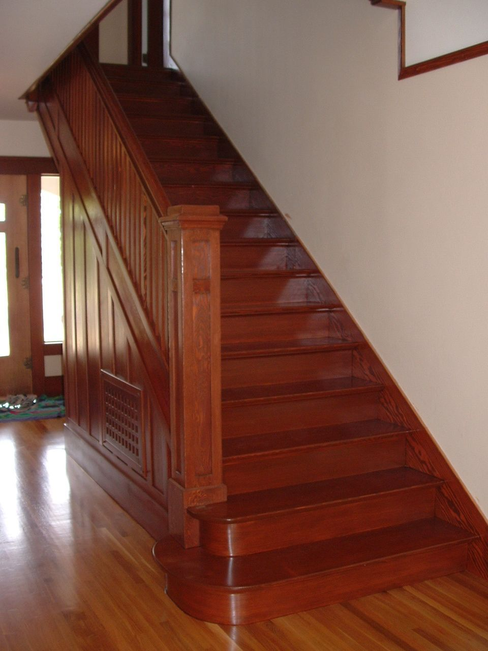 Best Craftsman Staircase Stairs In 2019 Craftsman Staircase 400 x 300