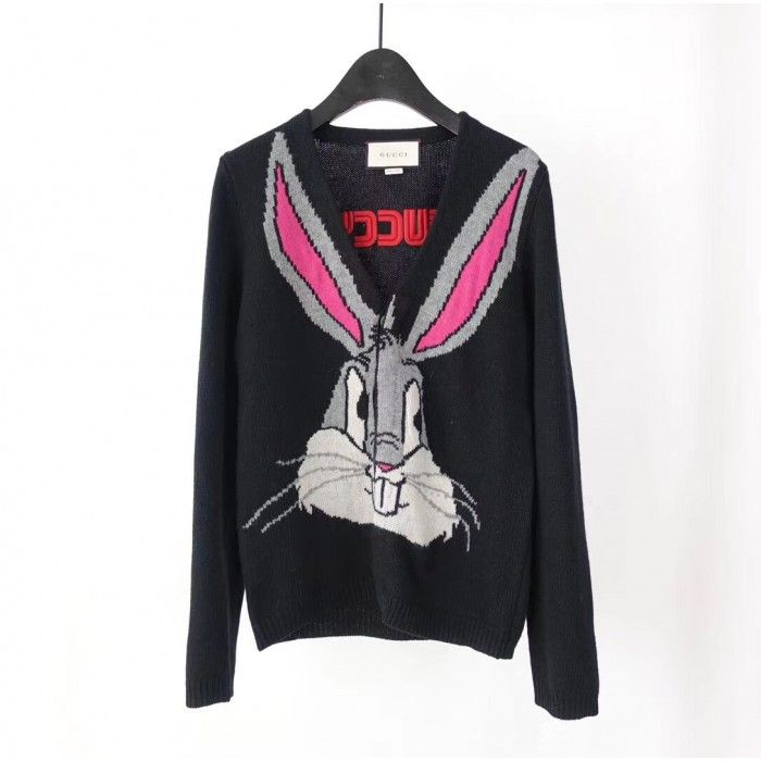 0d321bc13a2 Gucci Bugs Bunny wool knit cardigan 519449 in 2019