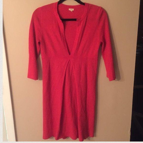 J. Crew Sweater Dress EUC!! Beautiful sweater dress, cashmere wool blend. J. Crew Dresses
