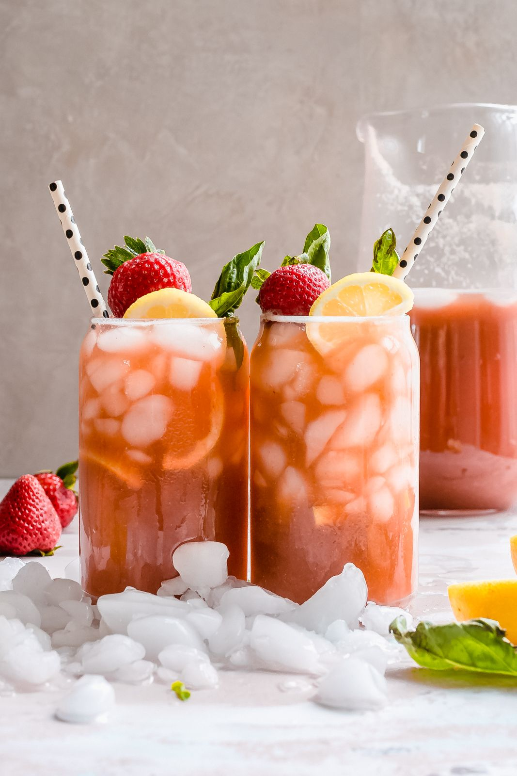 Refreshing Strawberry Basil Lemonade #basillemonade