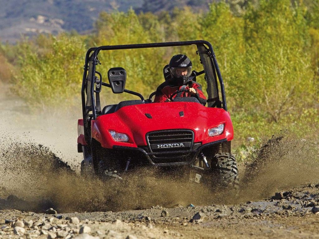 Variables customers should look at when considering different mud tires for their UTV