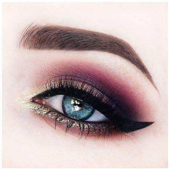 25 schöne blaue Augen Makeups, um Ihre Augen Pop machen - Pinspace #glittereyemakeup