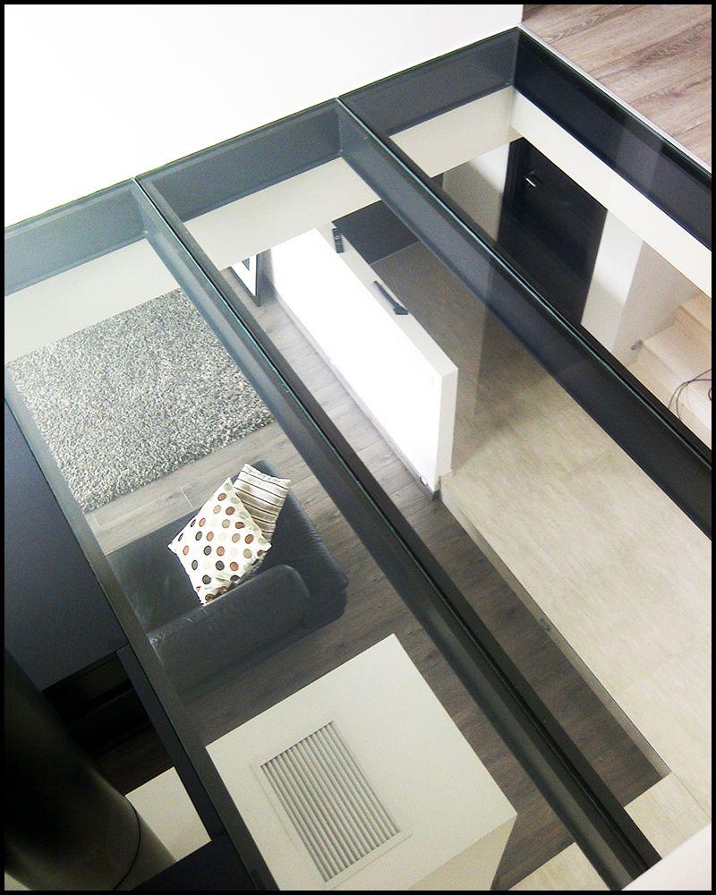 le plancherenverre une solution design la lumi re. Black Bedroom Furniture Sets. Home Design Ideas