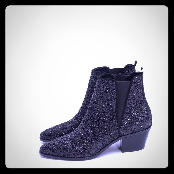 Zara Basic Collection Glitter Sparkle Ankle Boots Zara Ankle Boots. Black Glitter. Size 41. Worn once. Make me a REASONABLE offer! Thank you xxx Zara Shoes Ankle Boots & Booties