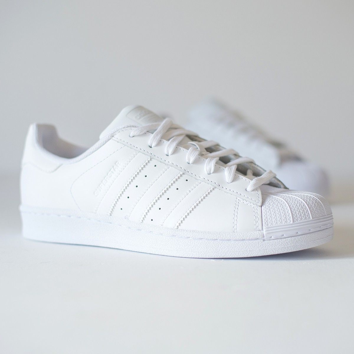 2a2ce443b8 ADIDAS - B23641 SUPERSTAR FOUNDATION J - white sneakers