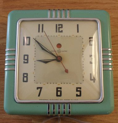 vintage jadiete green kitchen clock. beautiful ideas. Home Design Ideas