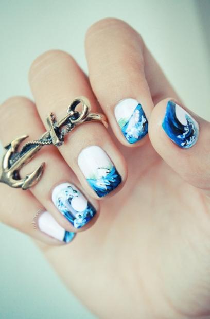 احدث مناكير ازرق سماوي فاتح و غامق 2019 The Latest Light And Dark Blue Nail Polish صور المانكير السماوي Wave Nails Cool Nail Designs Nail Designs