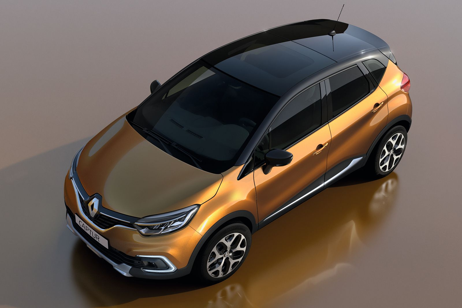 Facelifted Renault Captur Revealed Ahead Of Geneva Debut