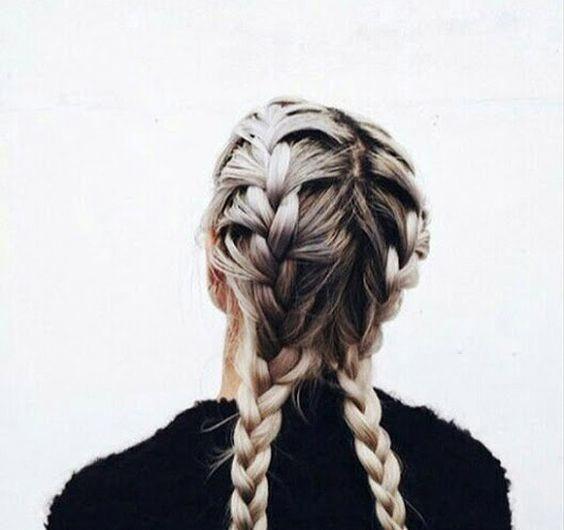 Cela donne un aspect de tresse partielle très jolie #LongHairstylesForFineHair Like wha #boxer Braids paso a paso # festival Braids ponytail