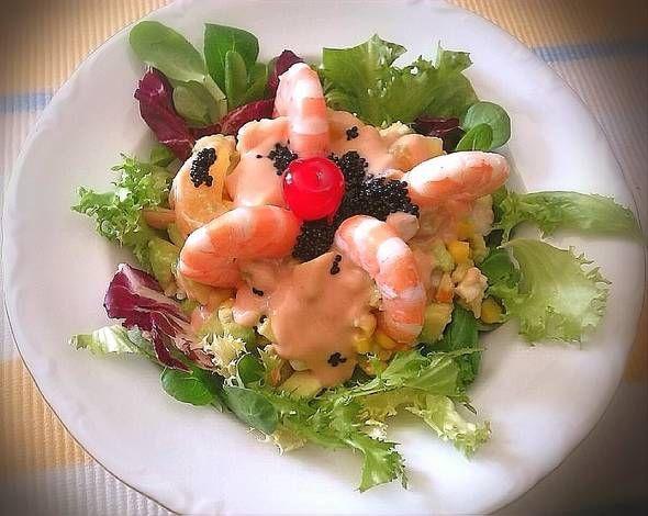 Photo of Ensalada de marisco y frutas en salsa cóctel – #cóctel #de #en #E