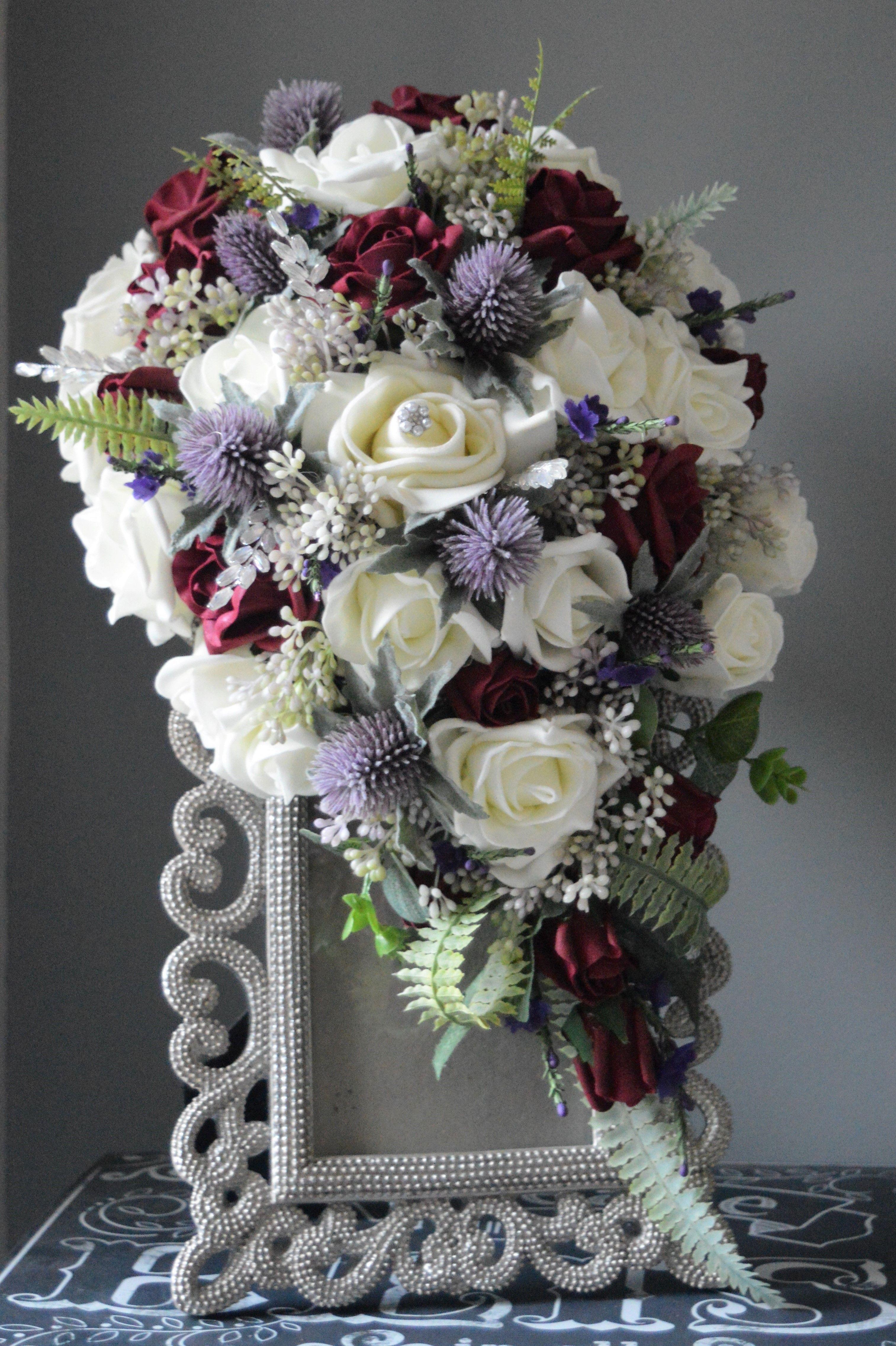 Sian's bespoke teardrop bouquet carries on the Scottish