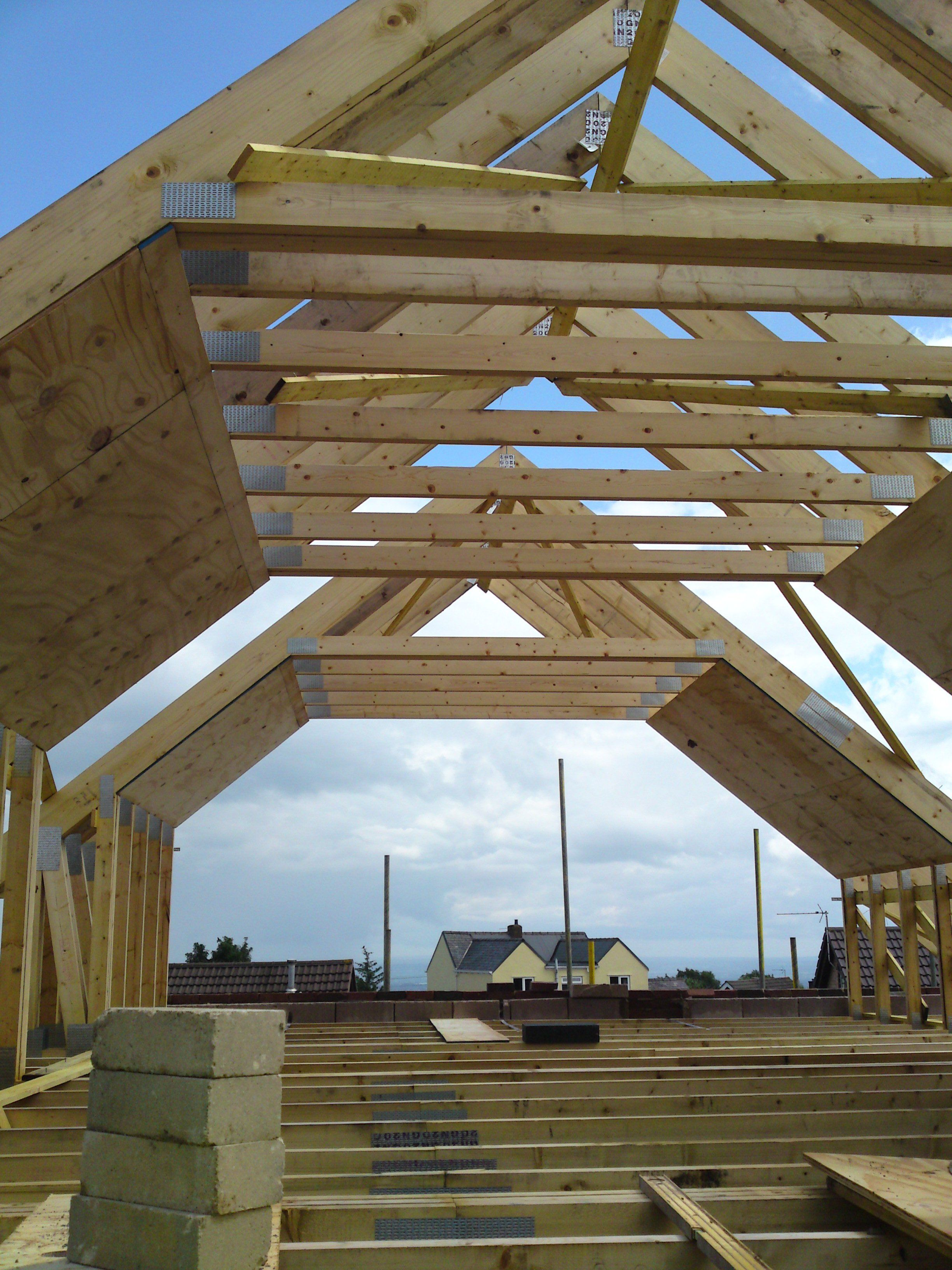 Room In Attic Truss Design: Roof Truss Design, Roof Trusses, Roof Construction