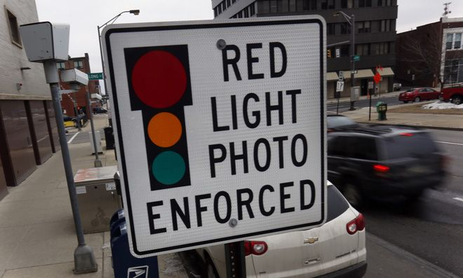 Columbus Will Fight To Keep Using Red Light Cameras Red Light Camera Light Red Traffic Camera