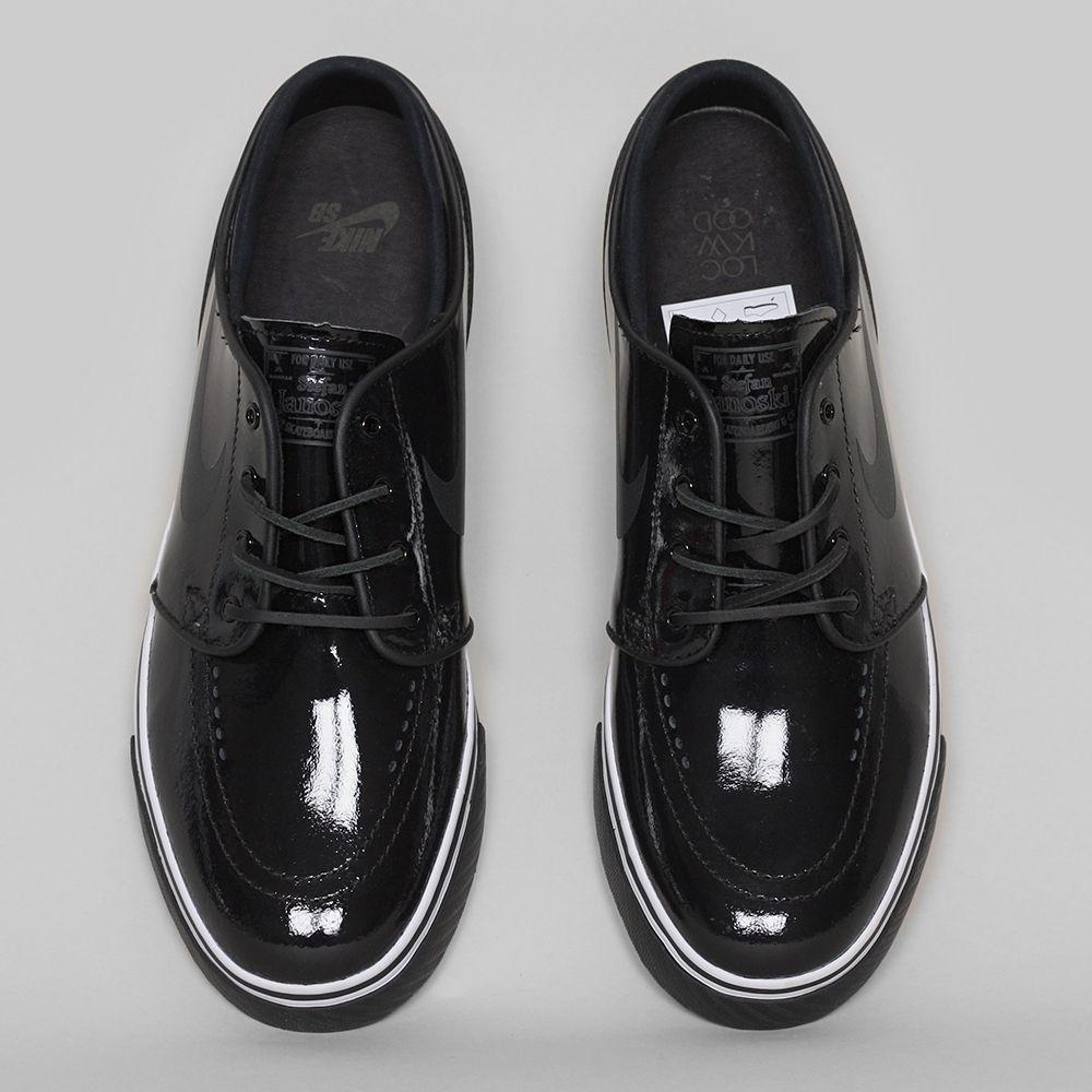 best value 8408b e8469 Nike SB Stefan Janoski Premium Lockwood, Black   White   Infrared Black   Nike  SB   Nike SB, Nike, Mens fashion