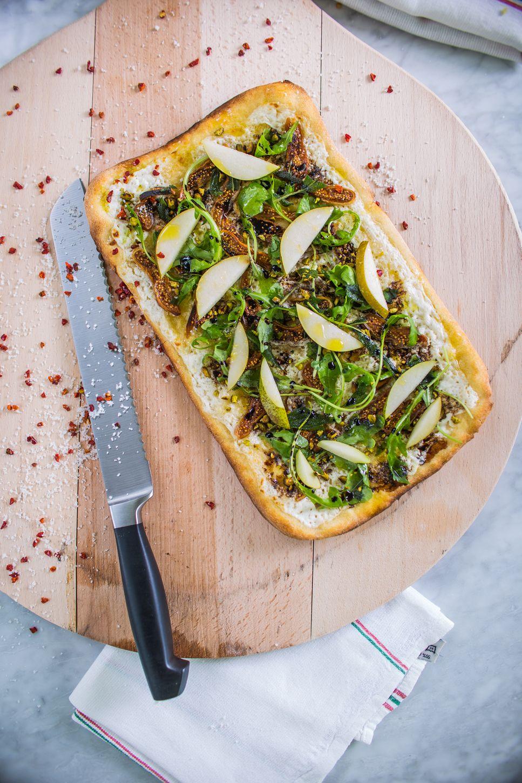 Try our flatbread! Framebrasserie Restaurant Paris