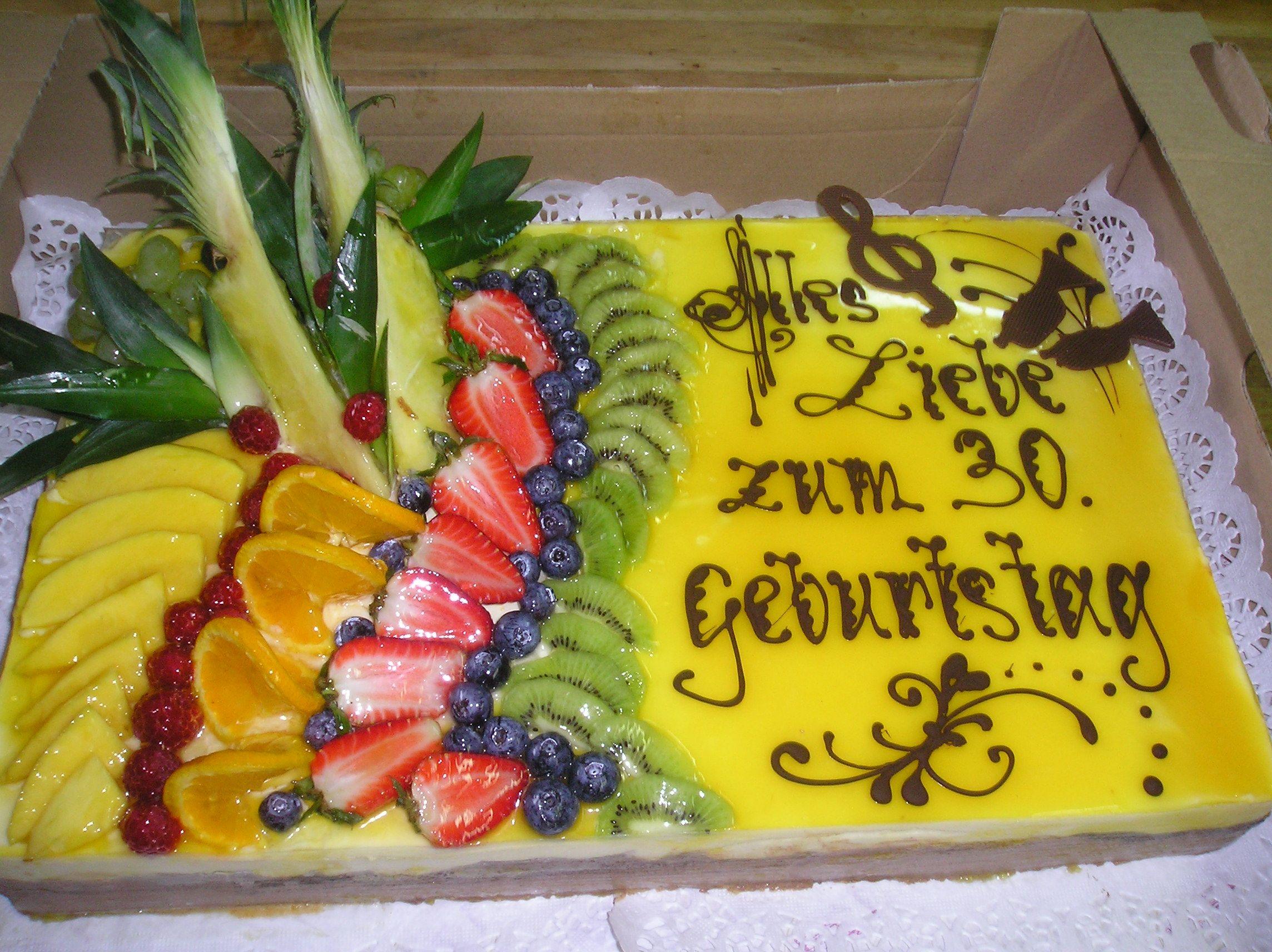 Obst Ist Gesund Darum Am Besten Zum 30er Viel Obst Auf Die