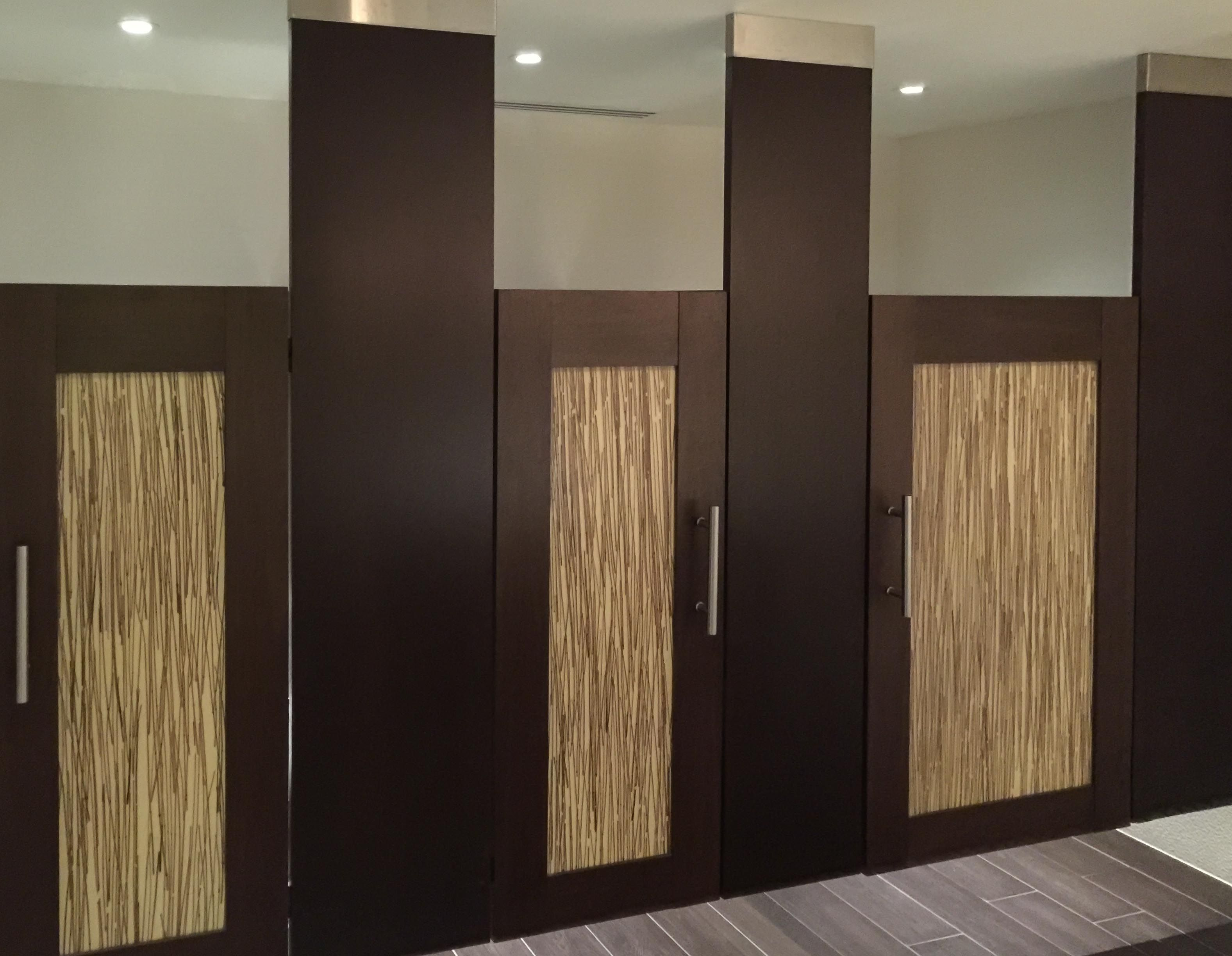 Ironwood Manufacturing Wood Veneer Toilet Partition And