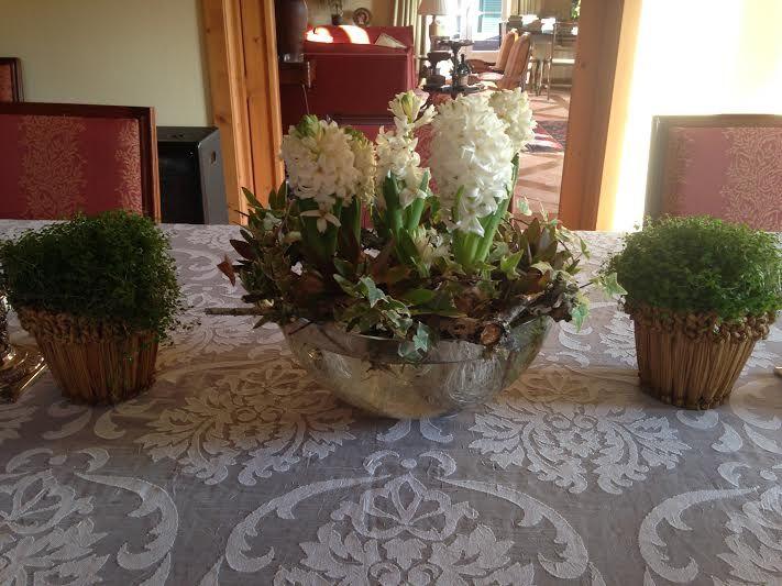Centro de mesa com jacintos da Martinha