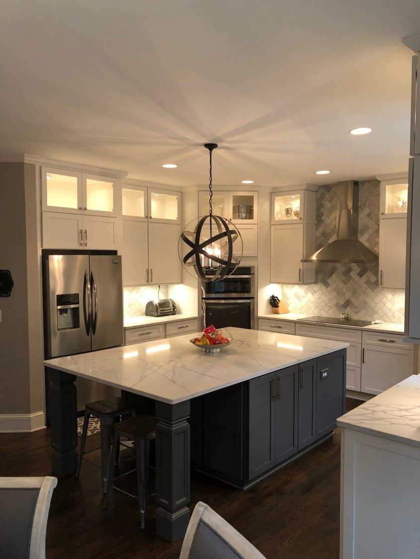 This Sleek Kitchen Was Designed By Lowe S Project Specialist Ryan
