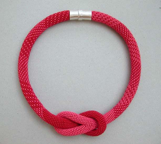 Bead crochet necklace | Amazing jewelry | Pinterest | Collares ...