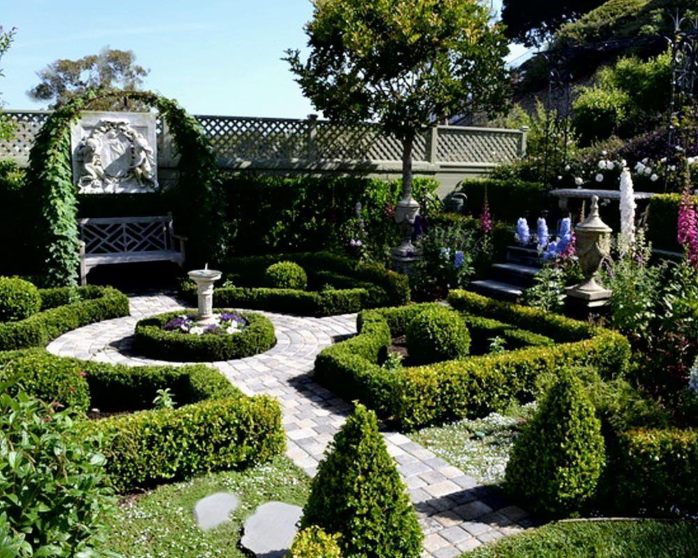 Formal French Garden Vs Informal English Garden 400 x 300